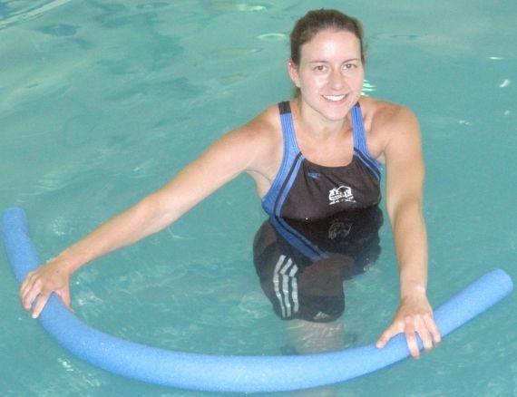 які вправи робити в басейні